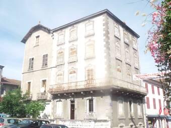 Vente Maison 10 pièces 200m² Arlanc (63220) - photo