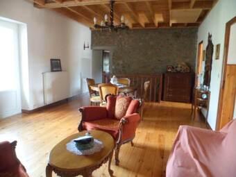 Vente Maison 9 pièces 230m² Valprivas (43210) - photo