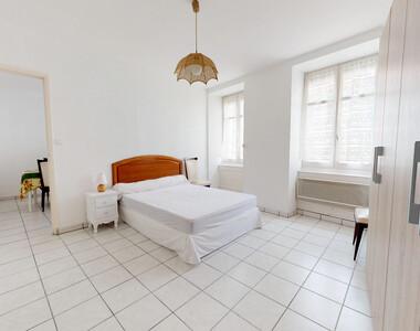 Location Appartement 2 pièces 50m² Saint-Bonnet-le-Château (42380) - photo