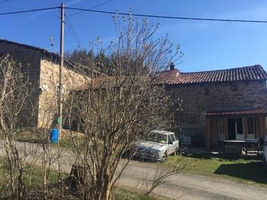 Vente Maison 8 pièces 300m² Fayet-Ronaye (63630) - photo