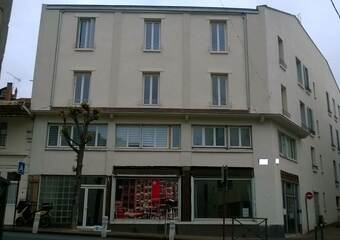 Vente Appartement 1 pièce 77m² Chatelguyon (63140) - photo