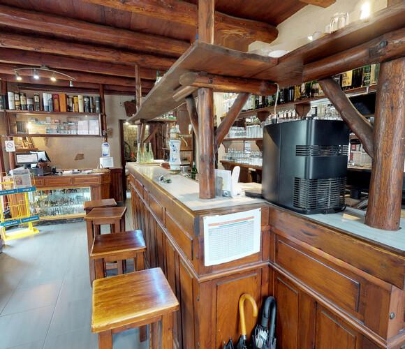 Vente Fonds de commerce 400m² Saint-Bonnet-le-Château (42380) - photo