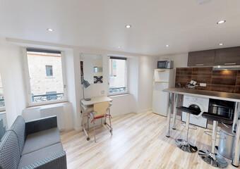 Location Appartement 1 pièce 23m² Le Puy-en-Velay (43000) - photo