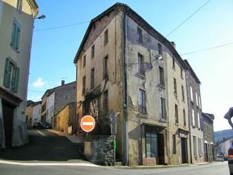 Vente Immeuble 10 pièces 290m² Cunlhat (63590) - photo