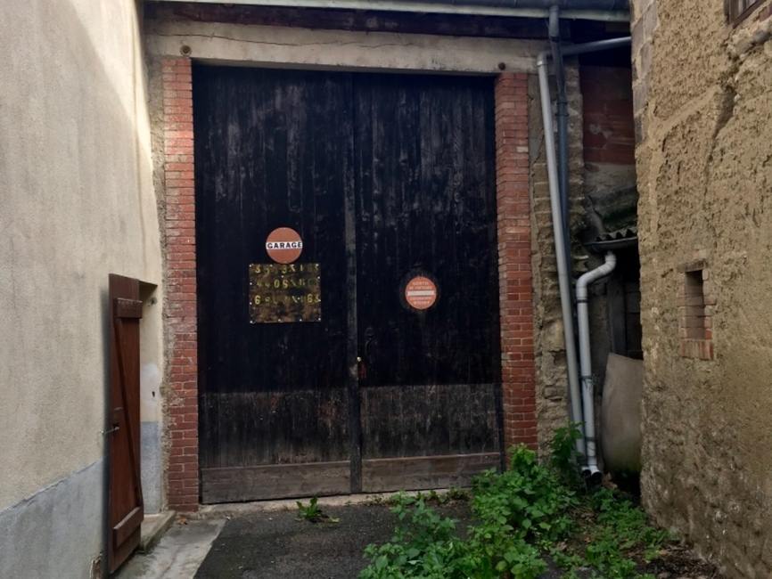 Vente Garage 80m² Courpière (63120) - photo