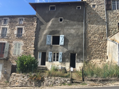Vente Maison 5 pièces 193m² Saint-Bonnet-le-Chastel (63630) - photo