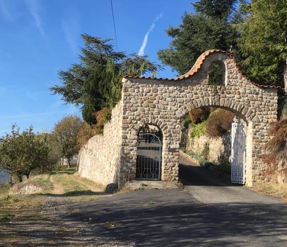 Vente Maison 9 pièces 250m² Rochepaule (07320) - photo