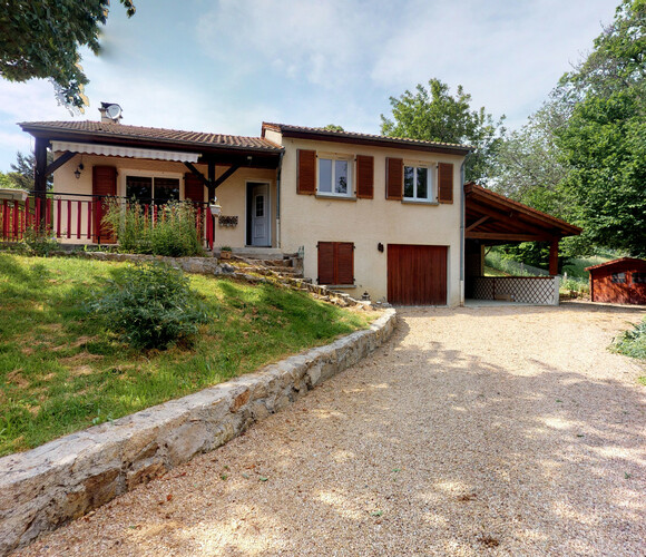 Vente Maison 5 pièces 103m² Olliergues (63880) - photo