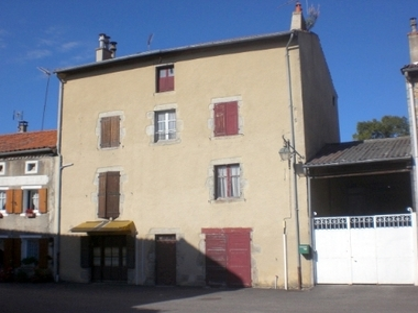 Vente Maison 10 pièces 210m² Chomelix (43500) - photo