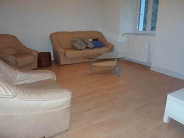 Location Appartement 3 pièces 60m² Saint-Sauveur-en-Rue (42220) - photo