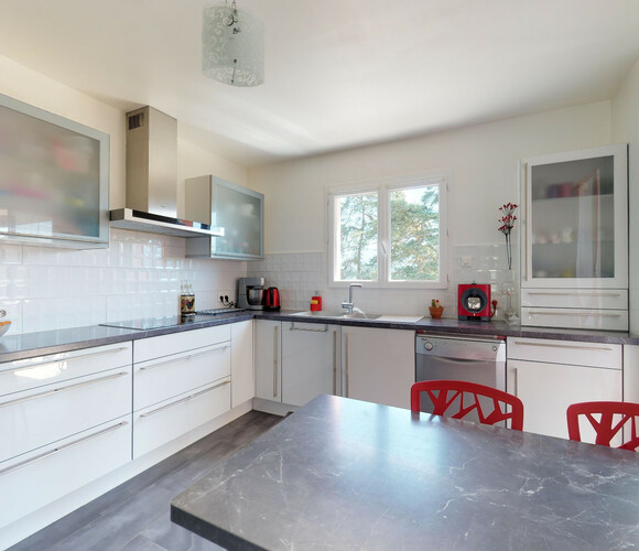 Vente Maison 10 pièces 280m² Ambert (63600) - photo