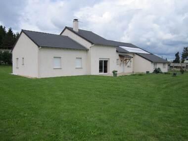 Vente Maison 5 pièces 136m² Saint-Jeures (43200) - photo