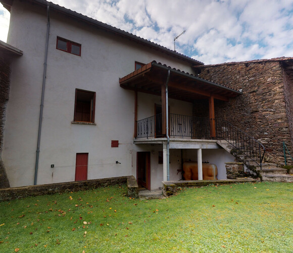 Vente Maison 7 pièces 250m² Arlanc (63220) - photo