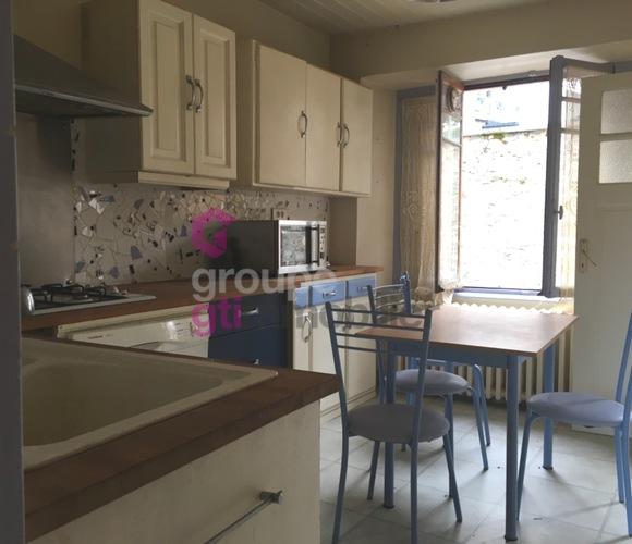 Vente Maison 6 pièces 80m² Saint-Germain-l'Herm (63630) - photo