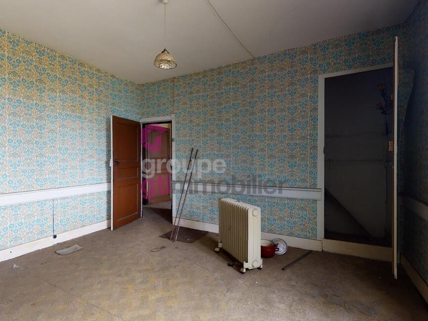 Vente Maison 7 pièces 180m² Usson-en-Forez (42550) - photo