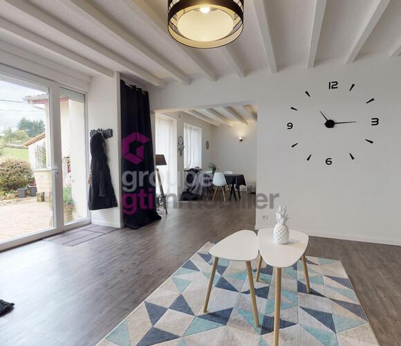 Vente Maison 6 pièces 147m² Luriecq (42380) - photo