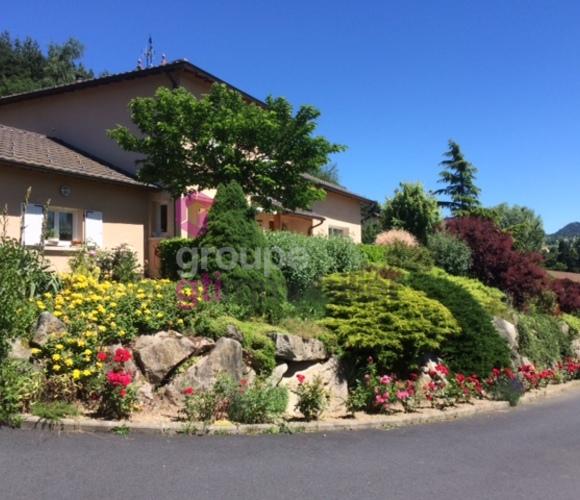 Vente Maison 7 pièces 144m² Yssingeaux (43200) - photo