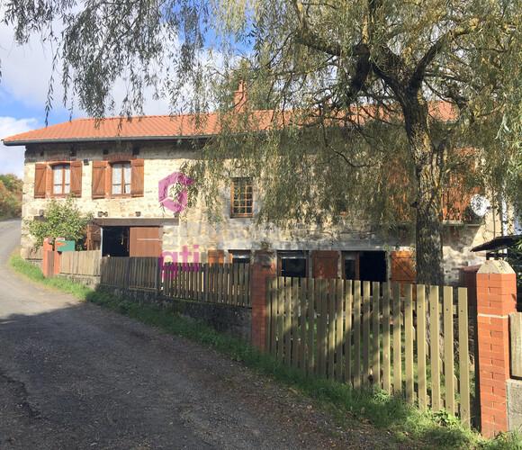 Vente Maison 3 pièces 62m² Craponne-sur-Arzon (43500) - photo