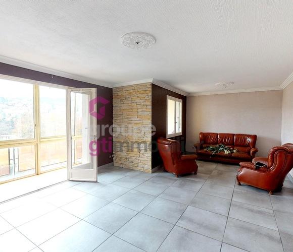 Vente Appartement 4 pièces 87m² Le Chambon-Feugerolles (42500) - photo