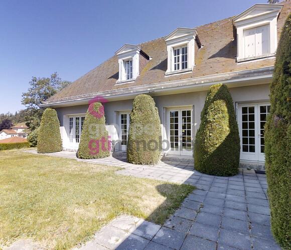 Vente Maison 12 pièces 400m² Dunières (43220) - photo