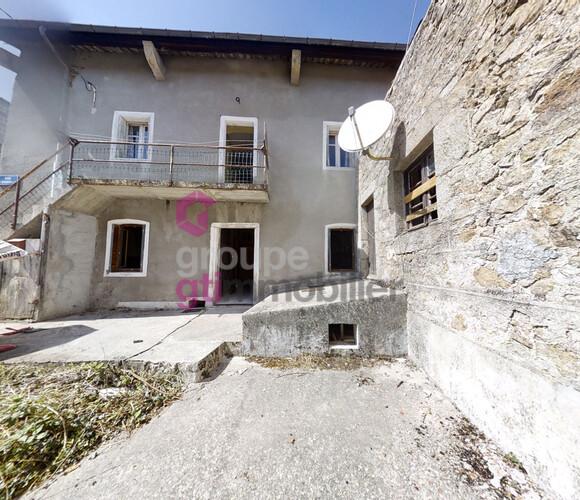 Vente Maison 6 pièces 100m² Bourg-Argental (42220) - photo