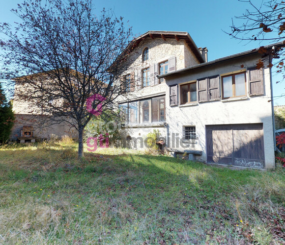 Vente Maison 7 pièces 155m² Craponne-sur-Arzon (43500) - photo