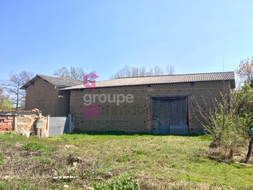 Vente Garage 280m² Orléat (63190) - photo