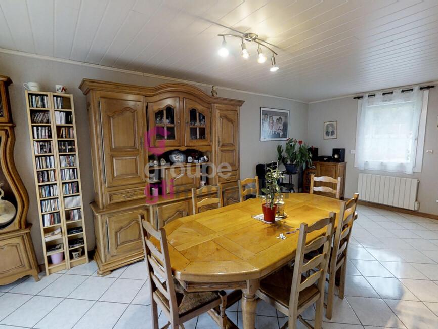 Vente Maison 6 pièces 88m² Le Chambon-Feugerolles (42500) - photo