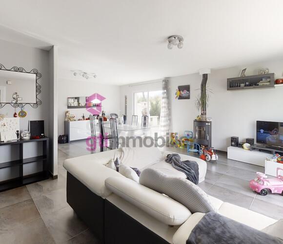 Vente Maison 4 pièces 88m² Montfaucon-en-Velay (43290) - photo