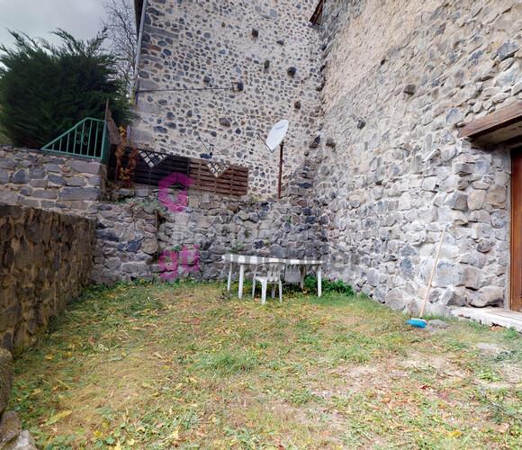 Vente Maison 4 pièces 100m² Roche-en-Régnier (43810) - photo