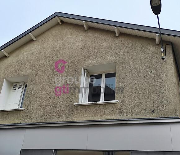 Vente Maison 10 pièces 285m² Yssingeaux (43200) - photo