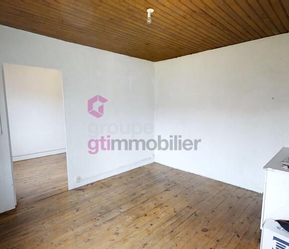 Vente Maison 3 pièces 47m² Saint-Maurice-en-Gourgois (42240) - photo