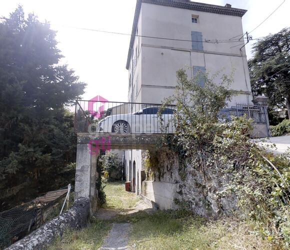 Vente Immeuble 20 pièces 600m² Annonay (07100) - photo