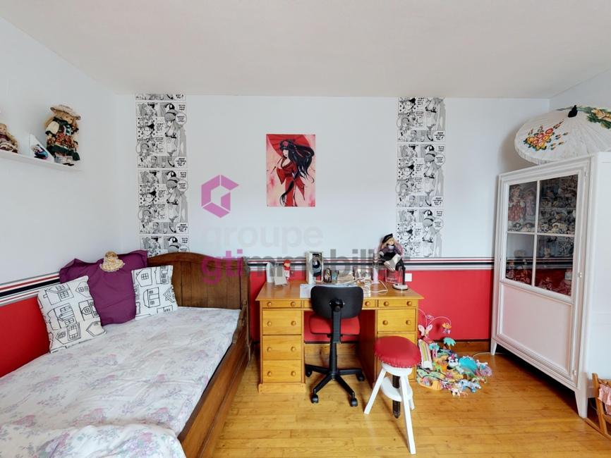 Vente Maison 5 pièces 130m² Saint-Germain-l'Herm (63630) - photo