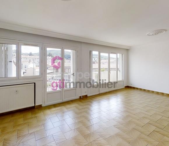 Vente Appartement 3 pièces 77m² Le Chambon-Feugerolles (42500) - photo