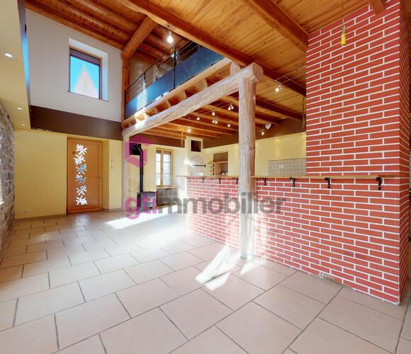 Vente Maison 7 pièces 170m² Saillant (63840) - photo