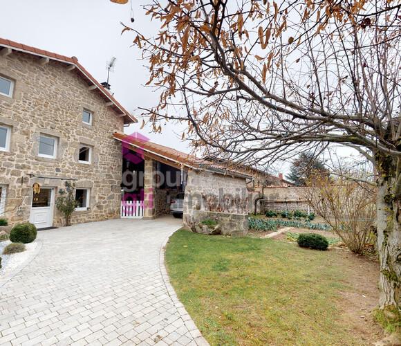 Vente Maison 5 pièces 200m² Usson-en-Forez (42550) - photo