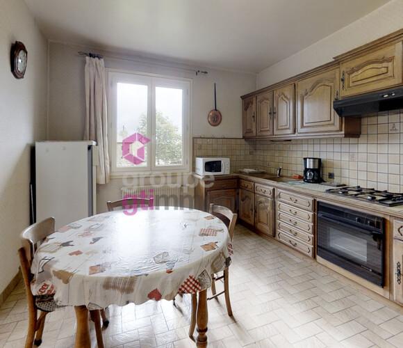 Vente Maison 7 pièces 130m² Saint-Jeures (43200) - photo