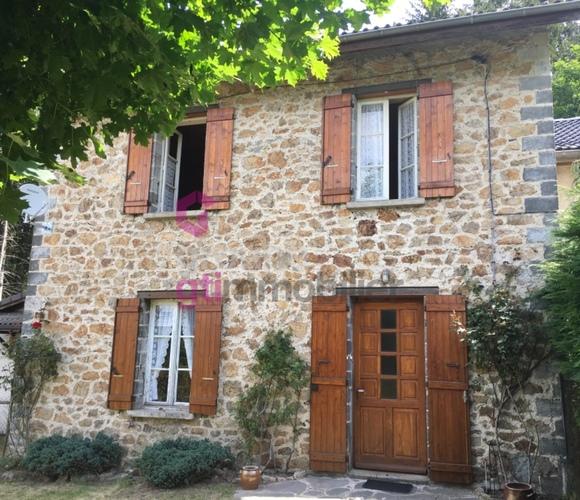 Vente Maison 7 pièces 100m² Le Chambon-sur-Lignon (43400) - photo