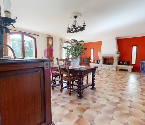 Vente Maison 6 pièces 150m² Le Breuil-sur-Couze (63340) - photo