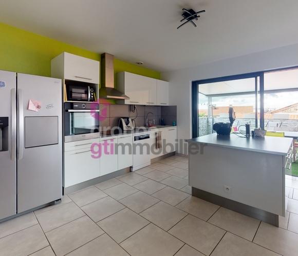 Vente Maison 5 pièces 130m² Montbrison (42600) - photo