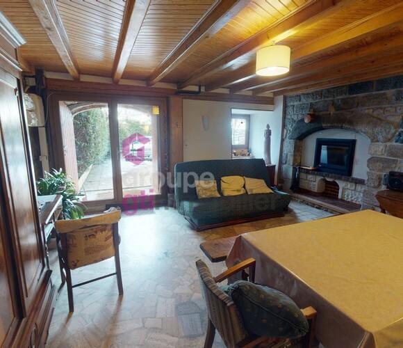 Vente Maison 4 pièces 120m² Le Monastier-sur-Gazeille (43150) - photo