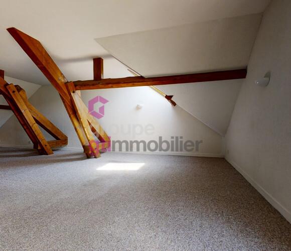 Vente Appartement 3 pièces 80m² Le Chambon-sur-Lignon (43400) - photo