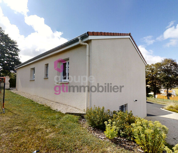 Vente Maison 4 pièces 88m² Montfaucon-en-Velay (43290) - photo