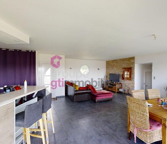 Vente Maison 5 pièces 140m² Courpière (63120) - photo