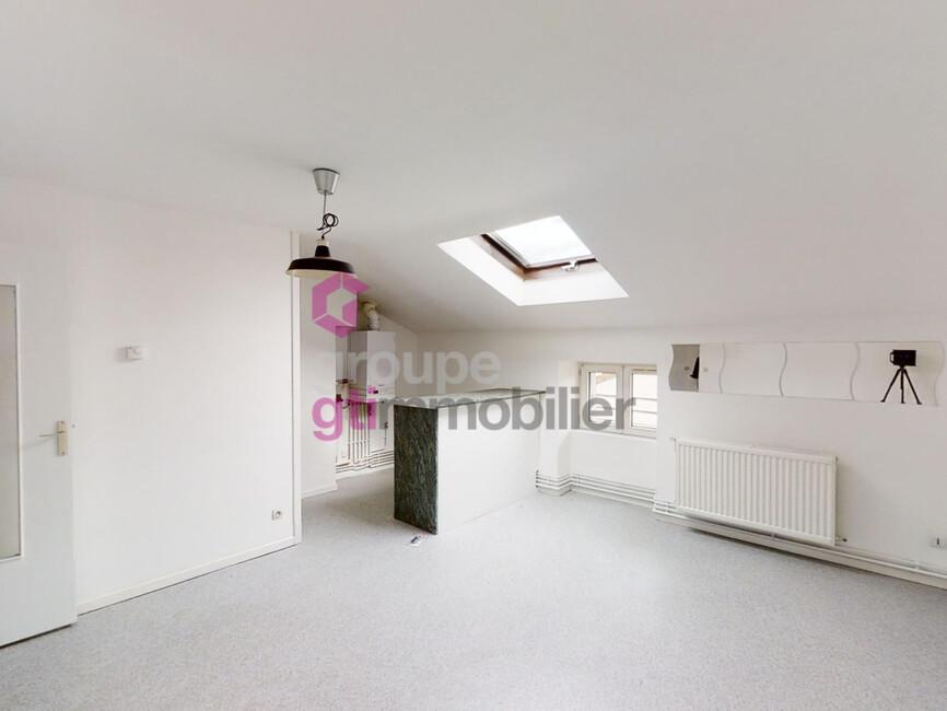 Vente Appartement 3 pièces 55m² Le Chambon-Feugerolles (42500) - photo