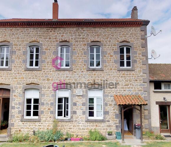 Vente Maison 11 pièces 320m² Cunlhat (63590) - photo