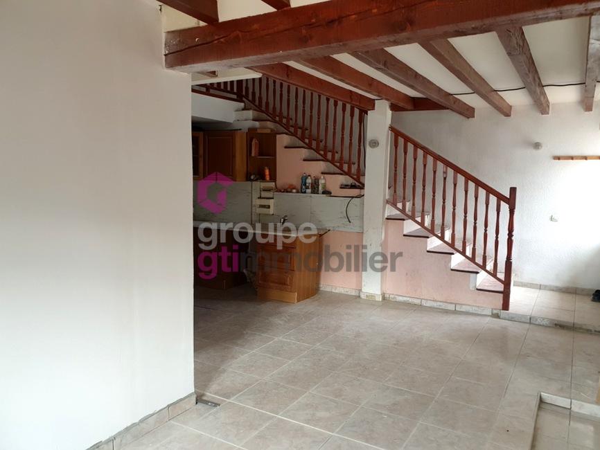 Vente Maison 5 pièces 93m² Le Chambon-Feugerolles (42500) - photo