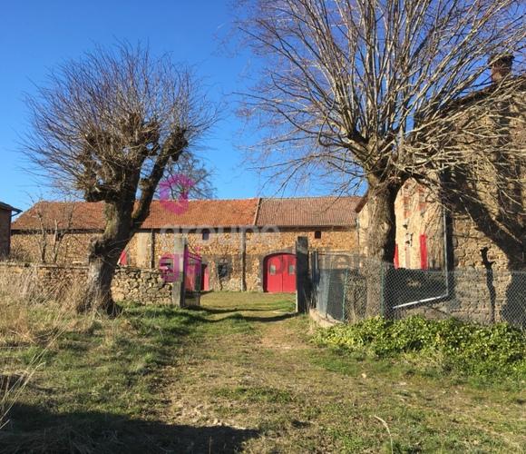 Vente Maison 9 pièces 259m² Cunlhat (63590) - photo