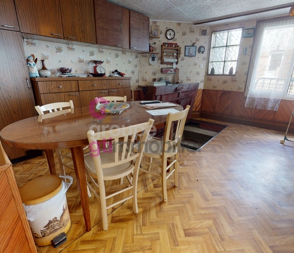 Vente Maison 6 pièces 200m² Saint-Germain-l'Herm (63630) - photo